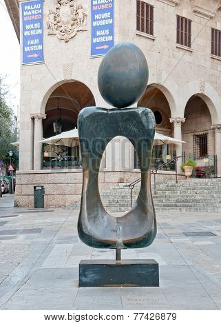Miro sculpture Monument