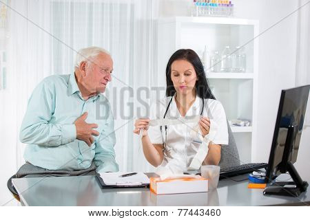 Senior man with a cardiologist
