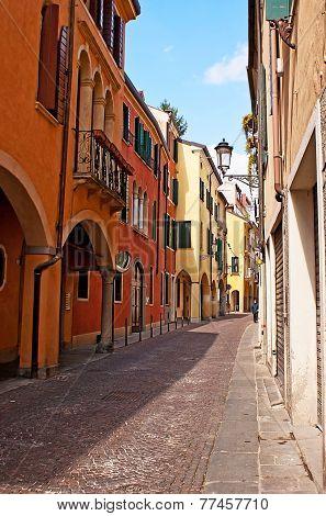 The Tiny Street