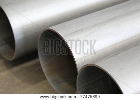 Polished metal tubes
