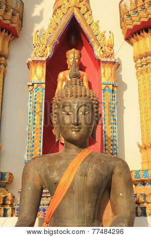 Buddha statue at Wat Nong Sano