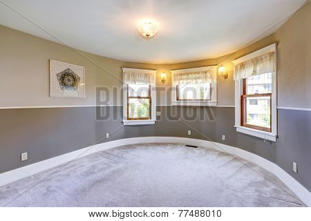 Empty Grey Tone Room With Round Wall