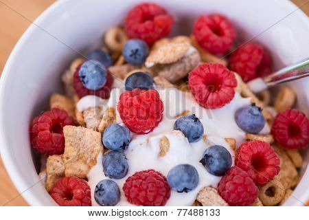 Healthy Breakfast -muesli And Fresh Fruits