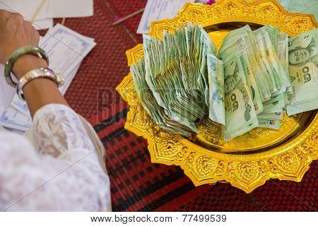 Twenty Baht Thailand Banknote On A Tray