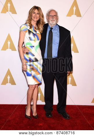 LOS ANGELES - FEB 02:  Laura Dern & Bruce Dern arrives to the Oscar Nominee Reception  on February 2, 2015 in Beverly Hills, CA