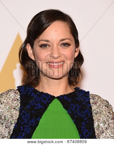 LOS ANGELES - FEB 02:  Marion Cotillard arrives to the Oscar Nominee Reception  on February 2, 2015 in Beverly Hills, CA