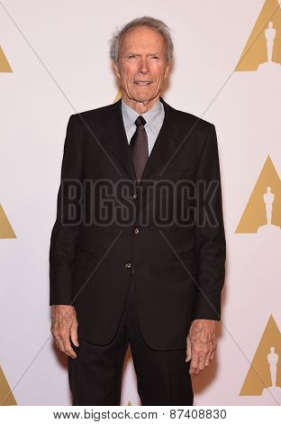 LOS ANGELES - FEB 02:  Clint Eastwood arrives to the Oscar Nominee Reception  on February 2, 2015 in Beverly Hills, CA
