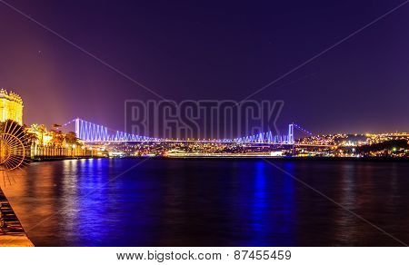 Istanbul bridge connecting Europe and Asia by night