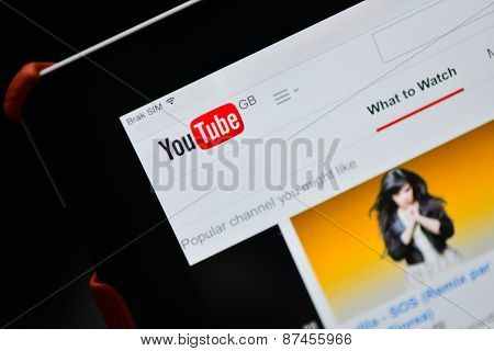Poznan, Poland - April 08, 2015 : Youtube Gb Website Home Page