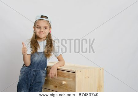 Girl In Overalls Collector Relies On The Chest Shows Class
