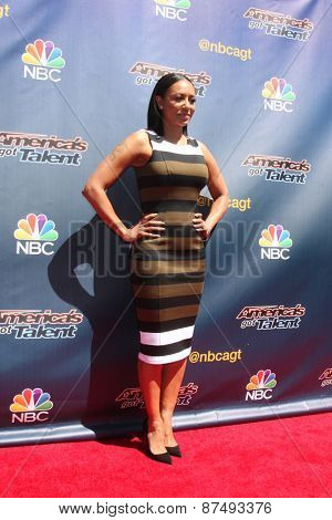 LOS ANGELES - FEB 8:  Mel Brown at the America's Got Talent Photocall at the Dolby Theater on FEB 8, 2015 in Los Angeles, CA
