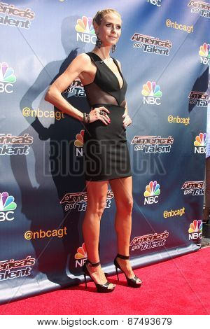 LOS ANGELES - FEB 8:  Heidi Klum at the America's Got Talent Photocall at the Dolby Theater on FEB 8, 2015 in Los Angeles, CA