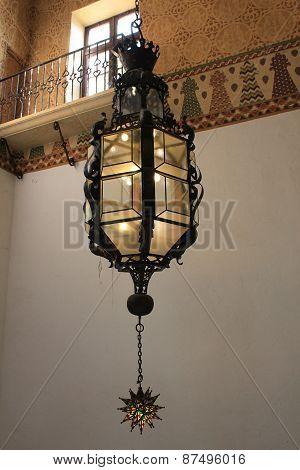 Historic Chandelier Lamp