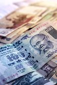 image of indian currency  - A One hundred rupee Indian currency note - JPG