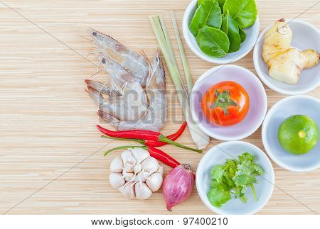 Ingredients For Thai Most Popular Soup . - Or Tom Yam Kung