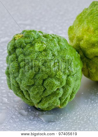Thai Herbal Ingredient Spas Kaffir Lime . - A Common Ingredient In Shampoo.
