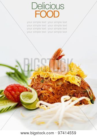 Fried Noodle Thai Style With Tamarin And Chilies Sauce .(pad Thai)