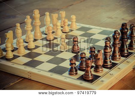 Chess Game Set With Wooden Chess Pieces.