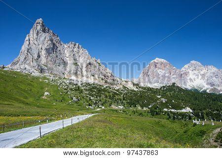 High Road Passo Di Giau, Dolomiti, Italy. Summer Colorful Photo