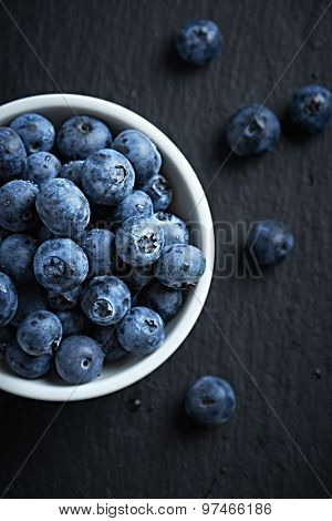 Organic blueberries in a bowl