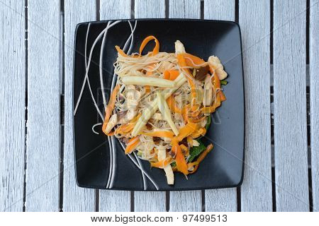 Chinese Rice Noodles With Vegetables