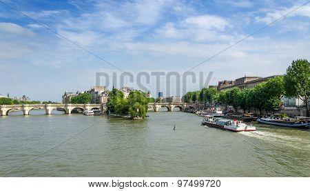 Cite Island And Pont Neuf Bridge In The Center Of Paris