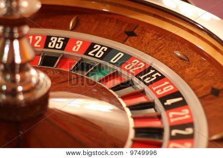 Still roulette wheel
