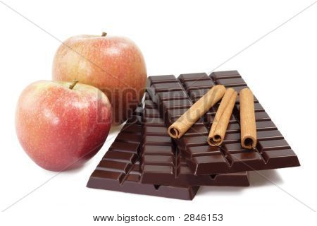 Cinnamon-Apple-Chocolate