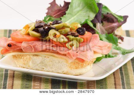 Sanduíche de Muffaletta