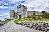 image of galway  - Dunguaire Castle  - JPG