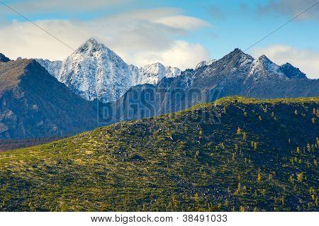 The Mountain Ridge Big Anngachag
