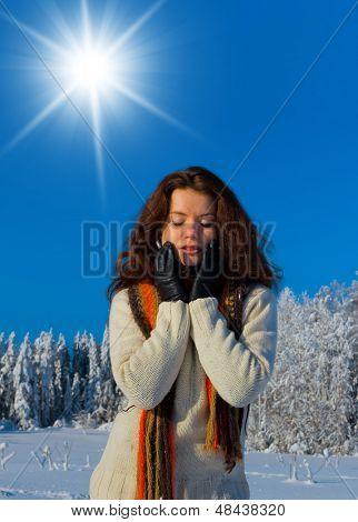 Outdoor Season Fashion Midwinter Sunshine