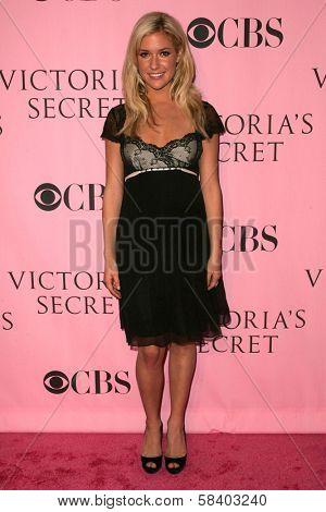 LOS ANGELES - NOVEMBER 16: Kristin Cavallari arriving at The Victoria's Secret Fashion Show at Kodak Theatre on November 16, 2006 in Hollywood, CA.