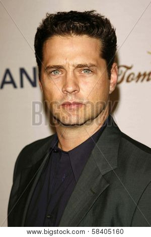 LOS ANGELES - NOVEMBER 09: Jason Priestley at the 2006 Partners Award Gala presented by Oceana at Esquire House November 09, 2006 in Los Angeles, CA.