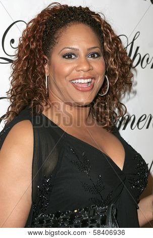 LOS ANGELES - NOVEMBER 11: Kim Coles at the 1st Annual Read To Succeed Literary Gala in Renaissance Hollywood Hotel on November 11, 2006 in Hollywood, CA.