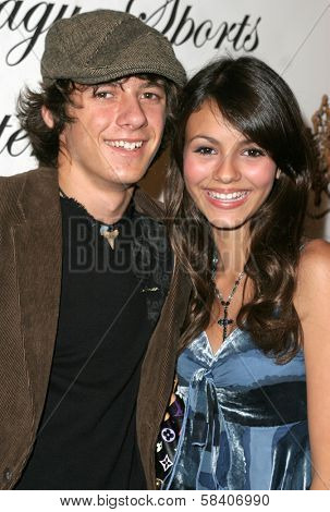 LOS ANGELES - NOVEMBER 11: Matthew Underwood and Victoria Justice at the 1st Annual Read To Succeed Literary Gala in Renaissance Hollywood Hotel on November 11, 2006 in Hollywood, CA.