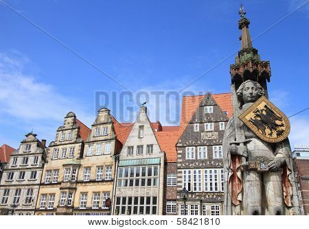 Bremen old town and statue of Roland