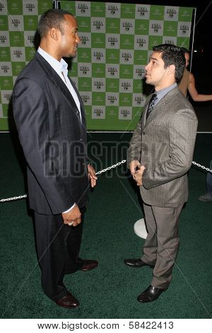 LOS ANGELES - NOVEMBER 08: Henry Simmons and Wilmer Valderrama at the 16th Annual Environmental Media Association Awards on November 08, 2006 at Wilshire Ebell Theatre in Los Angeles, CA.