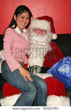 WEST HOLLYWOOD - DECEMBER 09: Cathy Shim at My Stuff Bags Foundations's Holiday Stuff-A-Thon benefitting Children In Crisis December 09, 2006 in Guys, West Hollywood, CA.