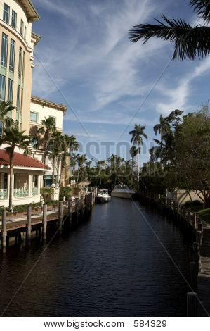 IView Of Waterway Off Las Olas Blvd