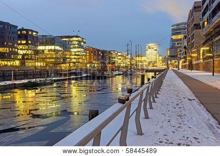 Winter night in the Hafencity