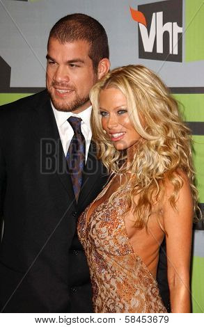 CULVER CITY, CA - DECEMBER 02: Tito Ortiz and Jenna Jameson at the VH1 Big in '06 Awards on December 02, 2006 at Sony Studios, Culver City, CA.