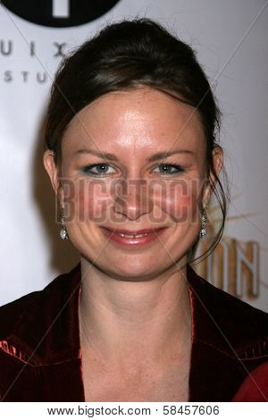 LOS ANGELES - DECEMBER 08: Mary Lynn Rajskub at Flaunt's 8th Annual Anniversary and Toy Drive benefitting on December 08, 2006 at The Edison in Los Angeles, CA.