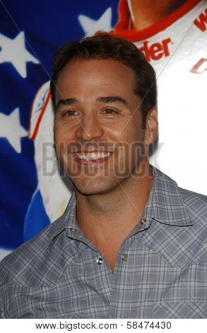 HOLLYWOOD - JULY 26: Jeremy Piven at the Premiere Of