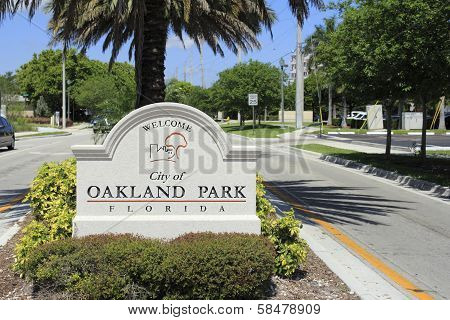 Oakland Park, Florida Welcome Sign