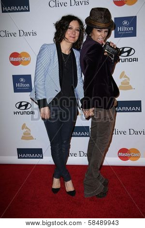 Sara Gilbert, Linda Perry at the 2013 Clive Davis And Recording Academy Pre-Grammy Gala, Beverly Hilton Hotel, Beverly Hills, CA 02-09-13