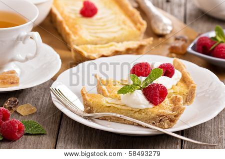 Apple tart with frangipane