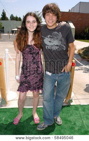 CULVER CITY - JULY 22: Vanessa Marano and Chris Kelly at the