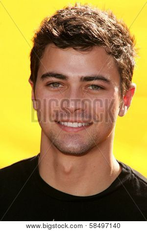 HOLLYWOOD - NOVEMBER 05: Matt Cohen at Bogart Backstage 2006 Children's Choice Awards at Palladium November 05, 2006 in Hollywood, CA