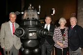LOS ANGELES - NOVEMBER 8: Richard Anderson, Robby The Robot, Earl Holliman, Anne Francis, Warren Ste